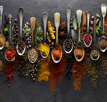 What is the difference between herbs and spices?